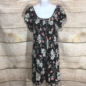 Ann Taylor LOFT Petites 4 P black red floral dress